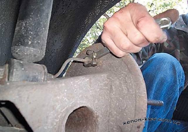 Как поставить задние дисковые тормоза на ВАЗ 2108 - 21099