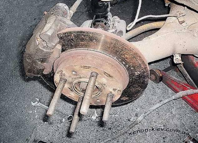 Как сделать заднее дисковые тормоза на ваз 2112